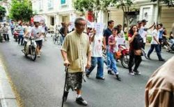 Mr. Lap participates in demonstration against Chinas invasion in East Sea