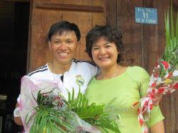Mr. Nhat welcomed by human rights activist Tran Thi Nga when he was released from prison in August last year