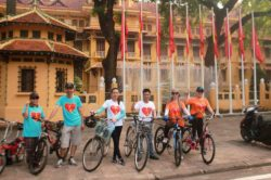 Mr. Nguyen Van Dien (third from right) and his friends on cycling campaign on July 31, 2016 before being kidnapped by Hanoi police