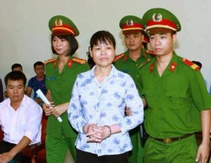Lan right activist Can Thi Theu in courtroom on Sept 20, 2016