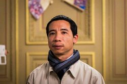 'I wanted to stay and fight for my beliefs' says jailed Vietnamese blogger forced into exile
